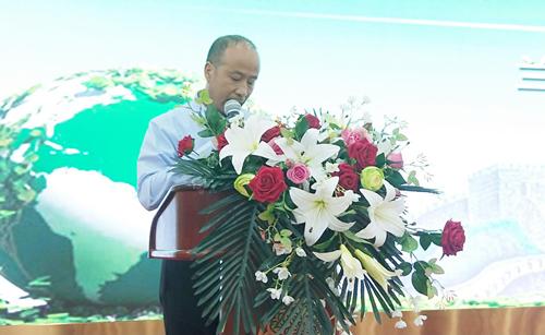 华安家具公司董事长安晓忠先生发言