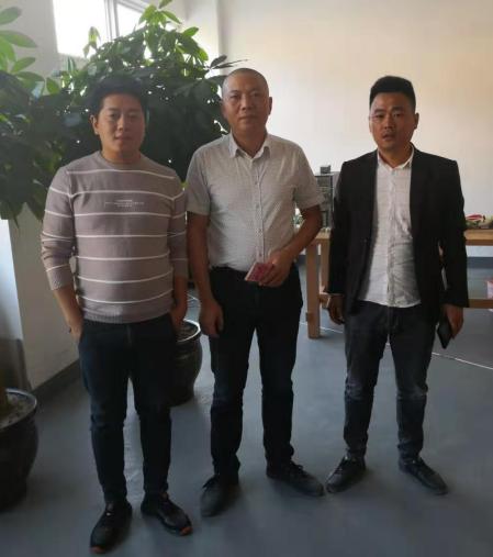 名士达慈善爱心救助福建家具厂受伤木工